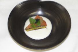 秋鮭の博多押し 敷き酪豆腐